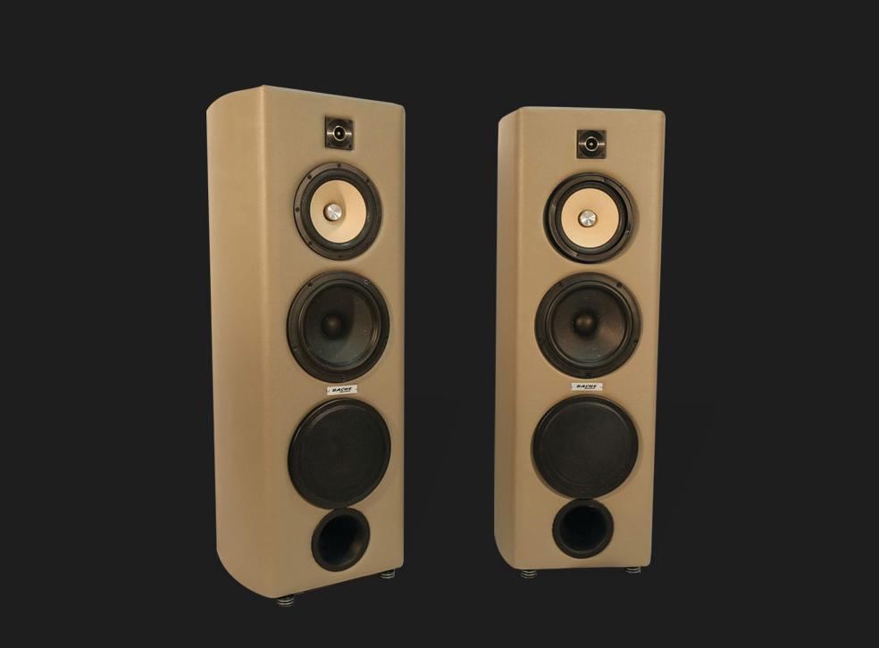 Russian Bear-01 | BACHE Audio | New York Based Custom Loudspeaker
